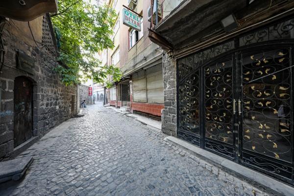 Tarihi Diyarbakır Küçeleri