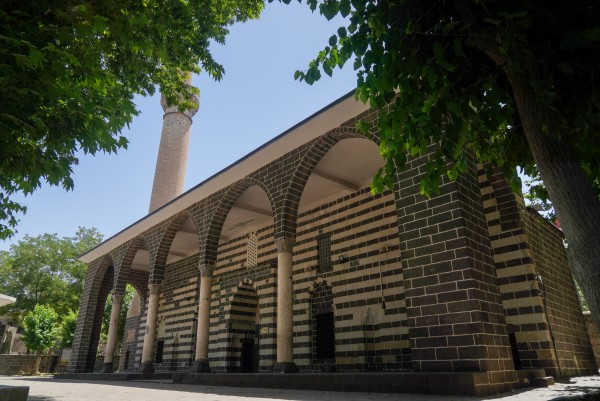 İskender Paşa Camii