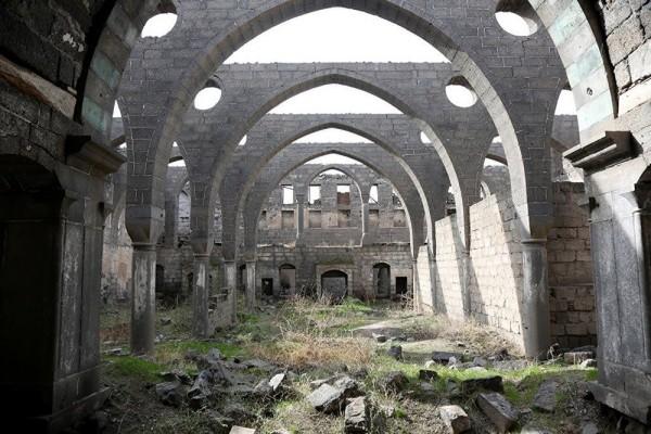 Surp Sarkis Ermeni Ortodoks Kilisesi